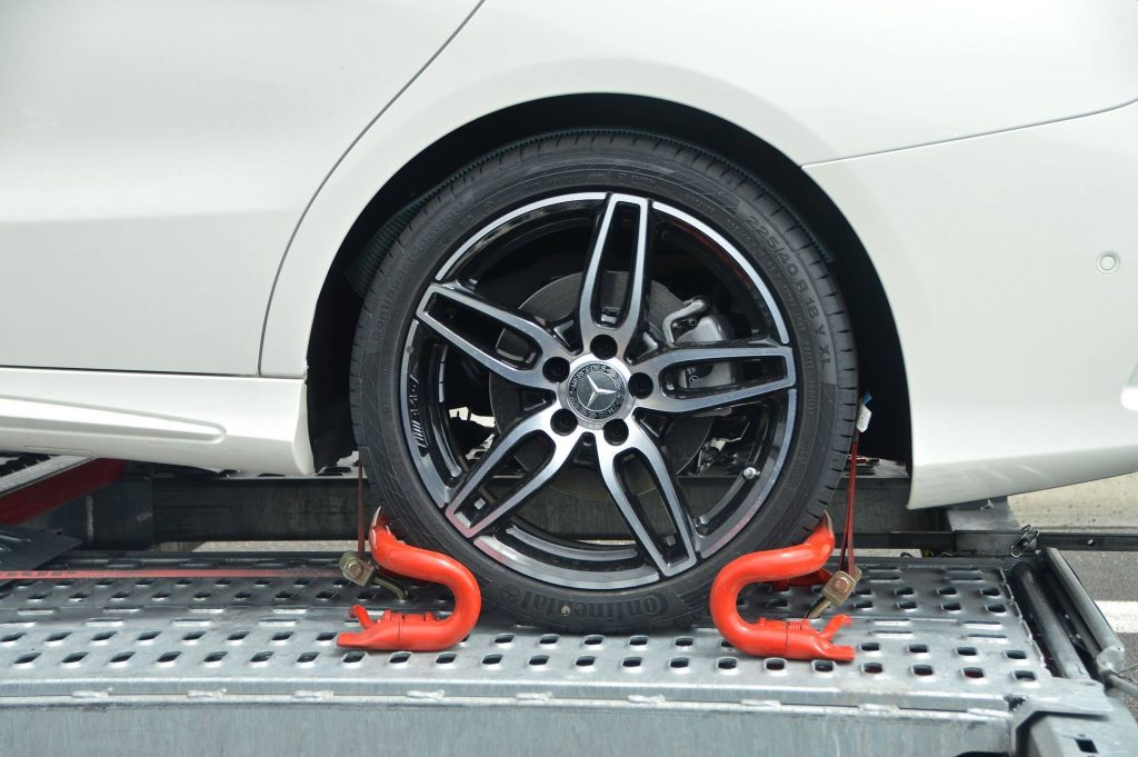 El correcto mantenimiento y revisión de nuestro vehículo nos evitará averías