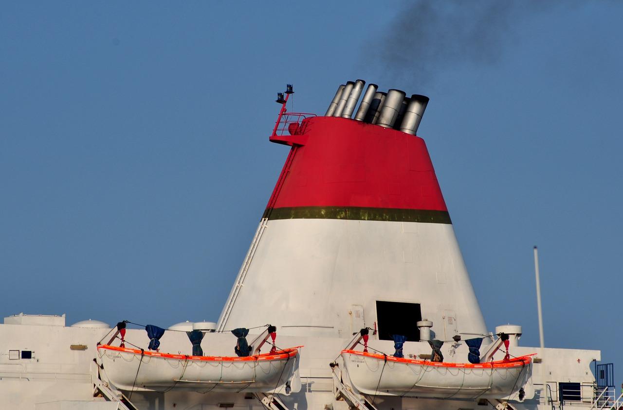 Los cruceros contaminan 10 veces más que todos los coches de Europa juntos